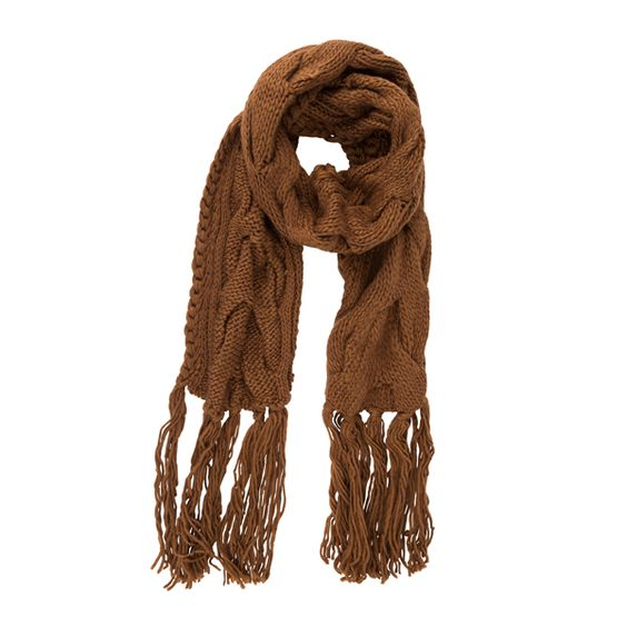Hold your neck warm with this scarf from #Stefanel at #DesignerOutletParndorf