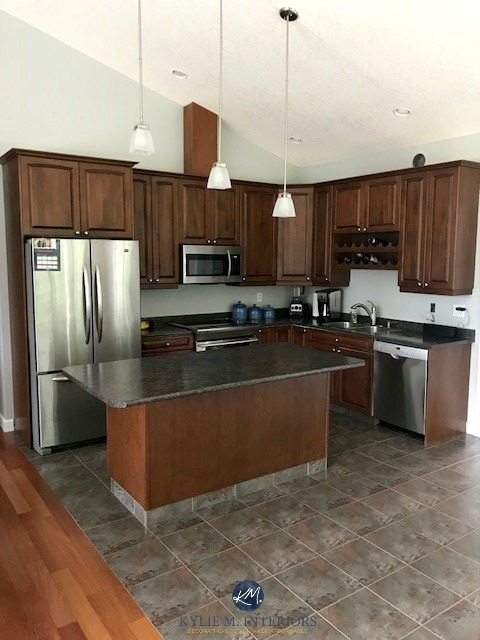 Best Paint Color For Kitchen With Dark Wood Cabinets