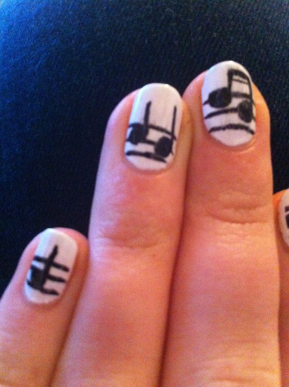 How to Paint Musical Nails