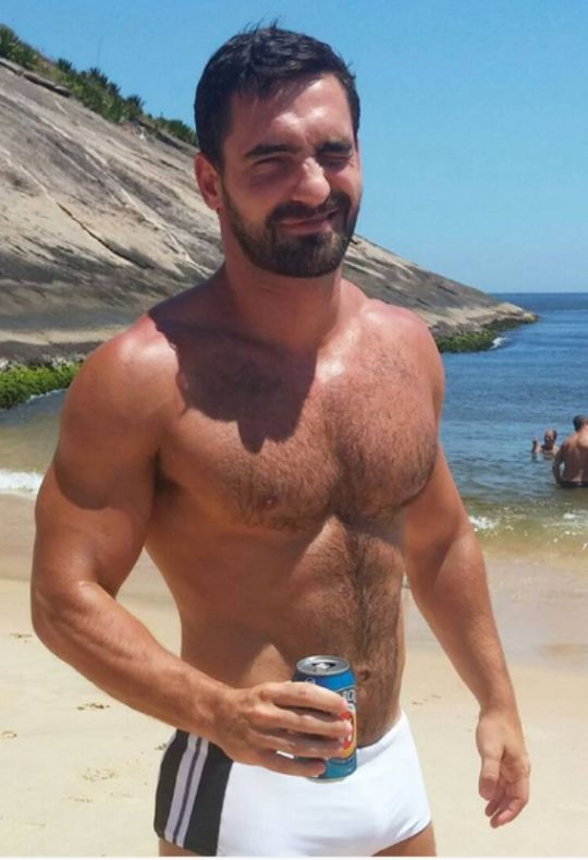 mature married hairy available