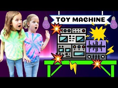 Gleemerz Christmas 2020 Silly Toy Scientist Lucy Makes Lil` Gleemerz Toys   YouTube in