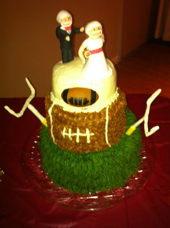 half and football wedding cake football wedding cake my cakes football 15038