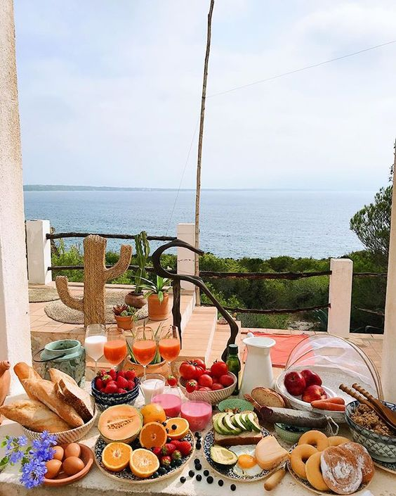 Morning Glory in Formentera 🍳🍑 #breakfastgoals #formentera #formenteralovers #breakfastwithaview