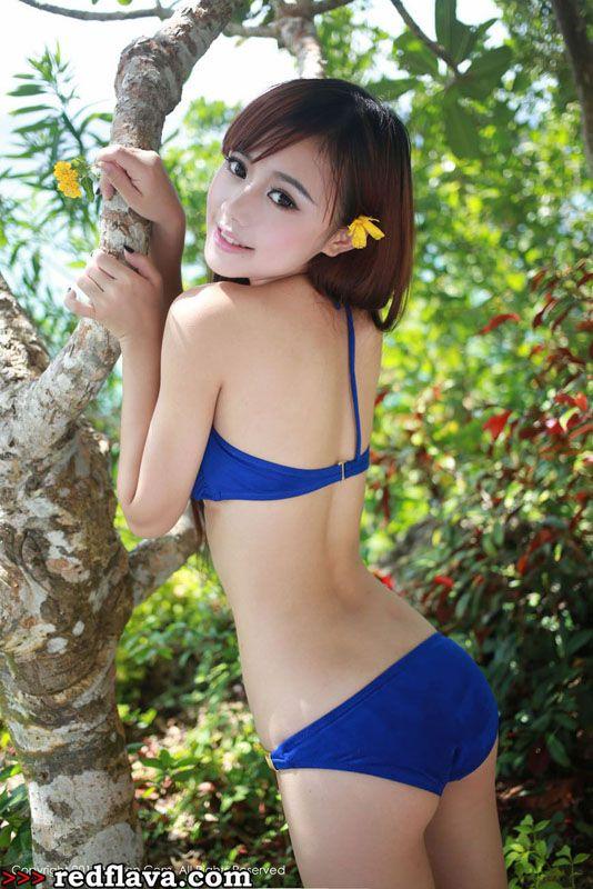 Toro Yu Zhu - Cute Girl From Changsha