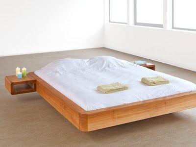 Iepenhouten bed, gemaakt van massief inlands iepenhout door Rozenhout.