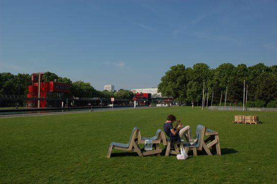 Rubanc / Creative pallet bench #Bench, #Design, #DIY-Pallet-Ideas, #Pallets