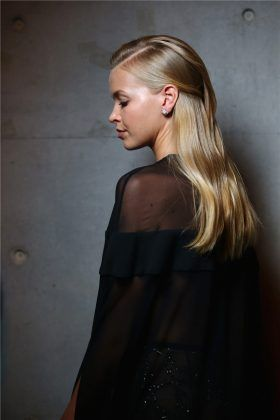 Steven Khalil Resort 17 Collections Fashion Runway Hairstyle | Zhiboxs.com