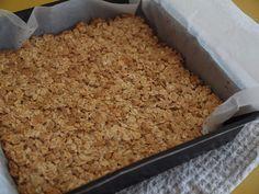 retromummy: easiest muesli bar slice - Rice Bubbles, Oats, Condensed Milk, Maple Syryp