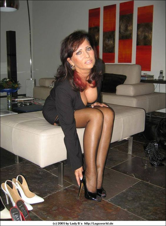 tuxedo milfs dating site Why not find yourself a hot milf on date milfs online tonight thousands  rest assured that you guys are never going to find a dating site that is more suited to.