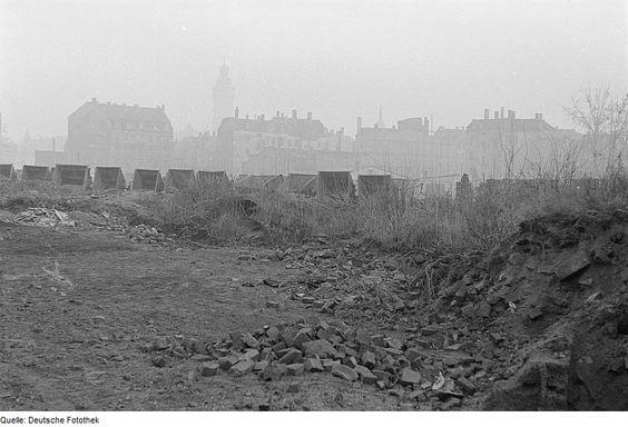 Fotothek df roe-neg 0006168 028 Trümmerbilder - Category:Bricks in reconstruction in Germany after World War II – Wikimedia Commons