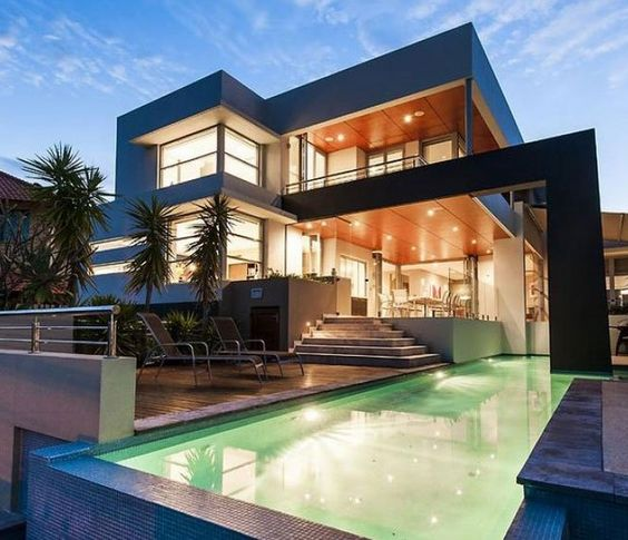 Modern Contemporary House Design With An Awesome Pool