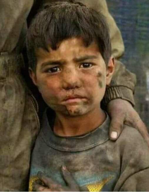 سألوا حكيم أي أنواع الموسيقى حرام قال صوت الملاعق فى صحون الأغنياء عندما ترن في أذن الفقراء People Around The World Face Children In Need