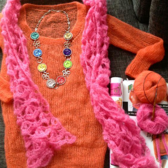 Pullover gestrickt. Schal gehäkelt aus Lana Grossa Silkhair