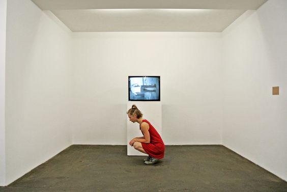 squattingart Berlin   Performative Intervention. Fotoserie, Berlin (Hamburger Bahnhof, Volksbühne, Galariehaus Mitte...)  Nagl ~ Wintersberger 2015
