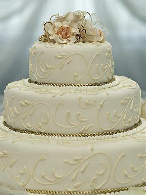 50th Anniversary Cake This Would Be Beautiful With Mom S