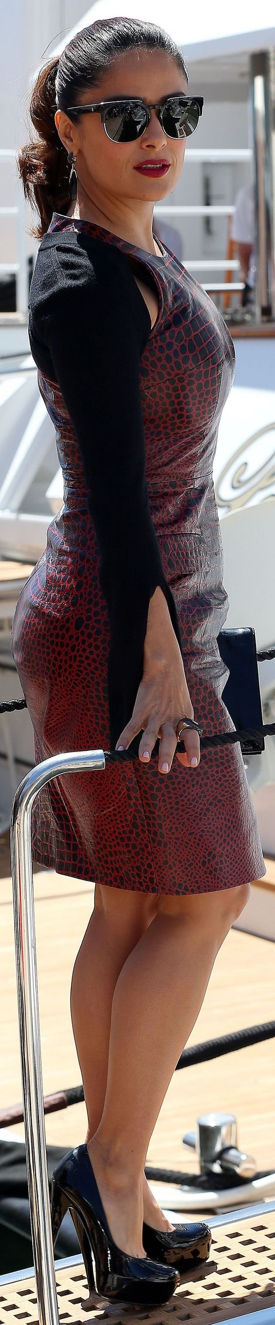 Salma Hayek boarding a boat Cannes15 May 2015