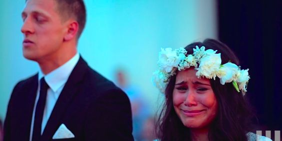 One of the most beautiful, intense, raw and sexy wedding tributes I've ever seen.   Haka Wedding Dance Is Tearjerking Expression Of Pride And Honor