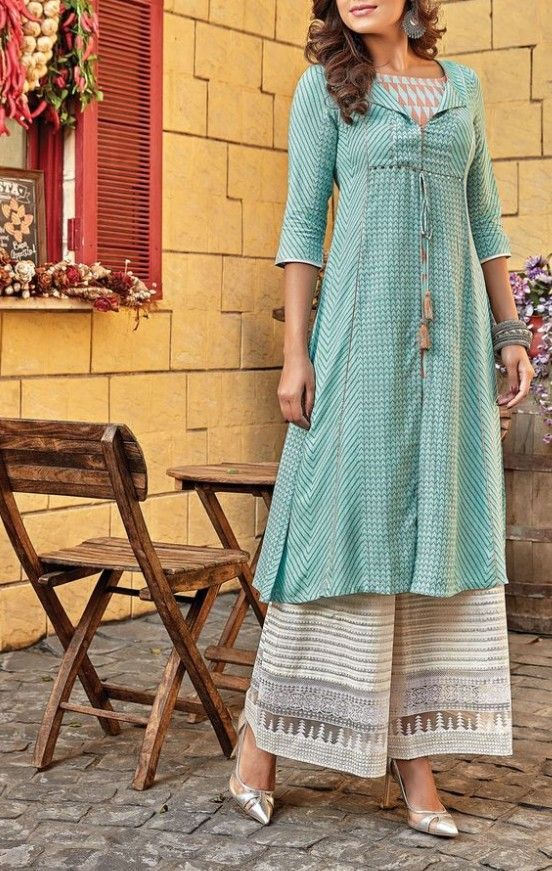 Beautiful Kurti With Superb Detailing Kurti Designs Cotton