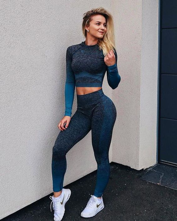 Visit Www Spasterfield Com For More Women S Active Fashion Outfits Summer Athletic Clothes Ideas In 2020 Gym Clothes Women Trendy Workout Outfits Athleisure Outfits