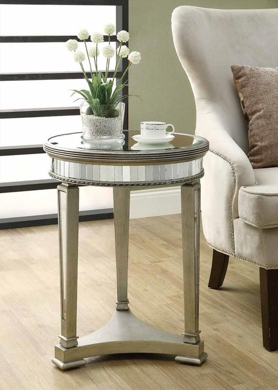 """20"""" Diameter Accent Table In Mirrored"""