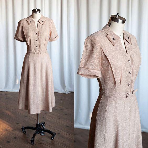 New in the shop: Caramel Latte dress • 1950s • sz. S • twooldbeans.etsy.com  #twooldbeans #twooldbeansvintageclothing #vintageshop #1950sdress #tonitodd #vintagedress #etsyvintage