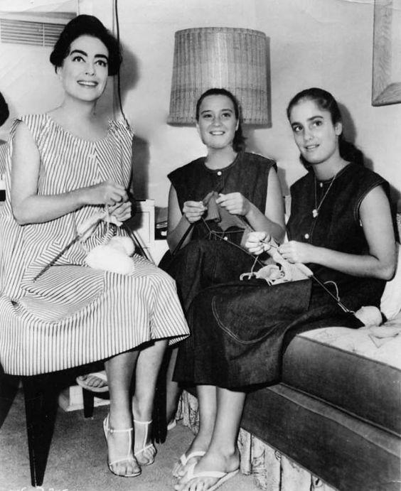 Joan Crawford Twins Joan crawford images: 1962. | needle ...