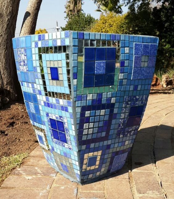 Mosaic pot I made for my pool area