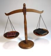 Price $27.00 Vintage Wooden Scales Of Justice In Ver Nice Vintage Conditions,It Does Have A Few Scratches .This Is The Real Picture Of The Item 15-14...