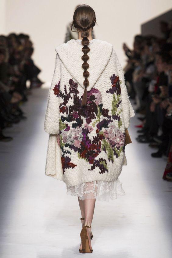 Valentino Fall 2014. Russian pattern in modern fashion. Braid.: