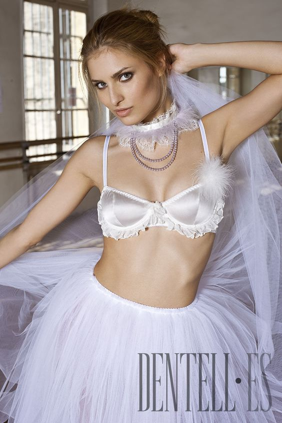 Les Jupons de Tess Frühjahr/Sommer 2011 - Dessous - http://de.dentell.es/fashion/lingerie-12/l/les-jupons-de-tess-2056