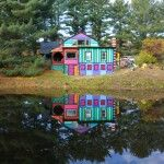 Artist Kat O'Sullivan Transforms a Dull Shack Into a Psychedelic Rainbow House in New York. (LP)