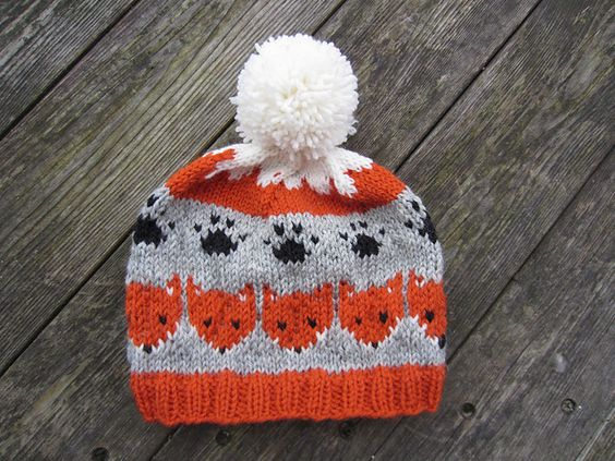 Fox hat, Ravelry and Free knitting on Pinterest