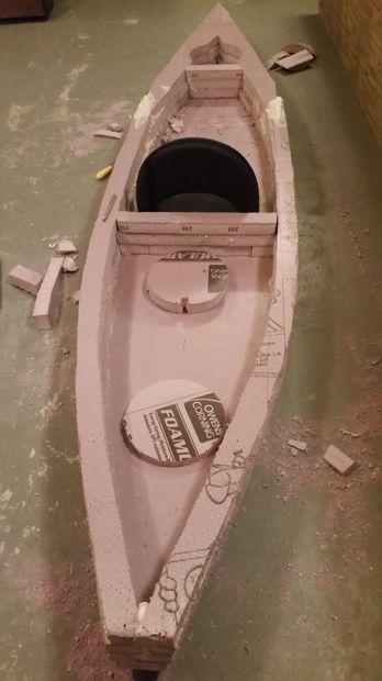 Sawfish, an unsinkable, lightweight, foam kayak (23 lbs). Free DIY kayak plans, the hardware ...
