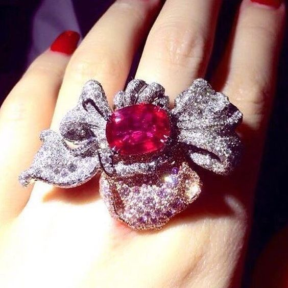 Ruby and Diamond Ring ❤️ EXQUISITE!!! ❤️
