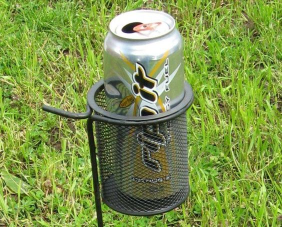 Make your own Backyard Drink Caddy (using a wire mesh pencil cup and a shepherd's hook)