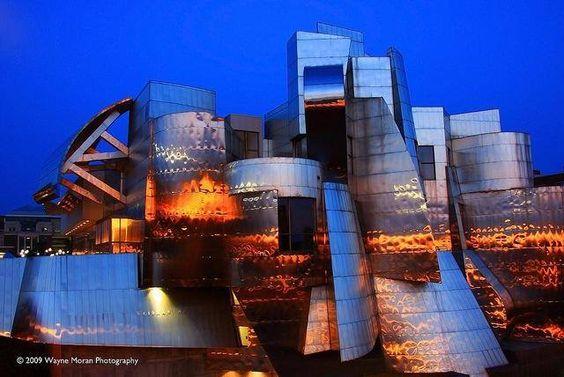 Frederick Weisman Art Museum Achitect: Frank O. Gehry Location: Minneapolis, Minnesota
