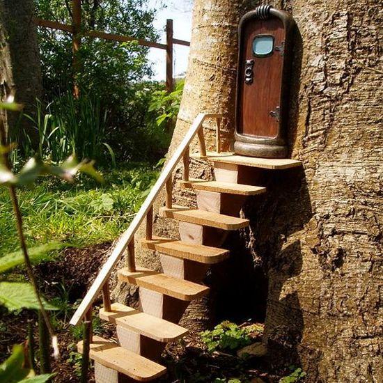 Gardens beautiful and fairy doors on pinterest - Tree bark decorationsbeautiful ideas ...