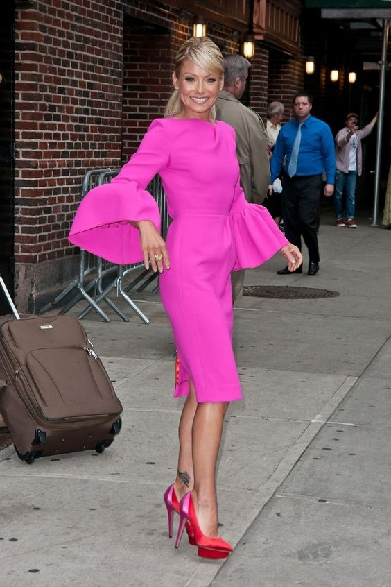I remember when she wore this on her show:o) I was in love! Kelly Ripa - Kelly Ripa Arrives for Letterman