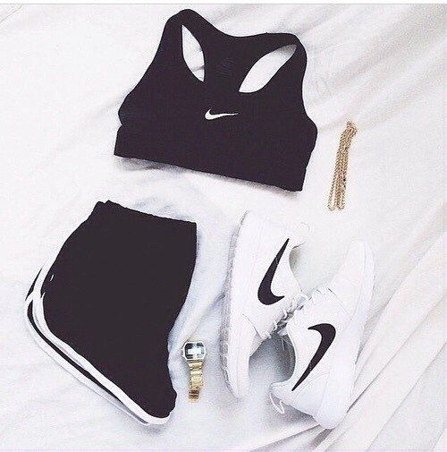 Nike women's running shoes are designed with innovative features and�