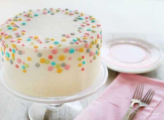 Polkadot Cake: Decorating Idea, Polkadot Cake, Polka Dots, Pretty Cake, Polka Dot Cakes, Birthday Cake, Simple Cake, Baby Shower