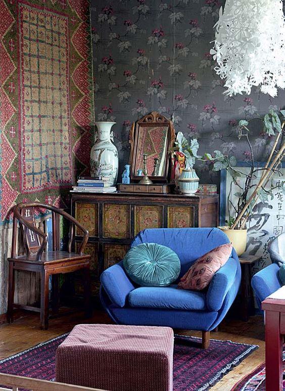 : Sisustus Olohuoneita, Homedecor, Home And, Sinistä Blue, Tarinoita Koti, Blue Chairs, Valoja Värejä, And Kitchen