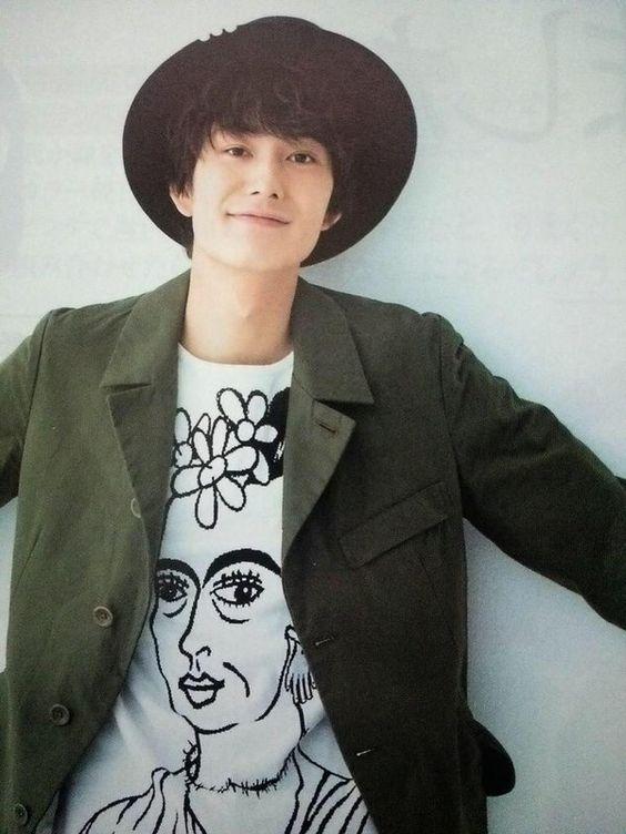 ハイセンスなTシャツと岡田将生のファッション