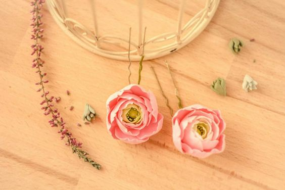 Ranunculus hairpin flower hairpin flower girl by ColdPorcelaine