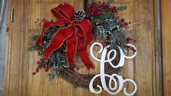 Custom order Christmas wreath. #christmas #wreath #christmaswreath #homedecor #christmasdecor #holidaydecor