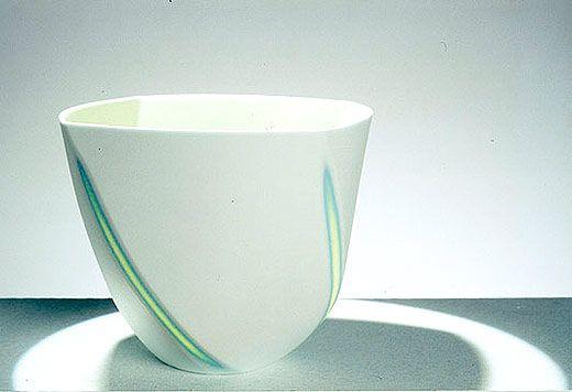 Cerámica de Sasha Wardell en Studiopottery.co.uk - 2009. Hierba cubeta 2.