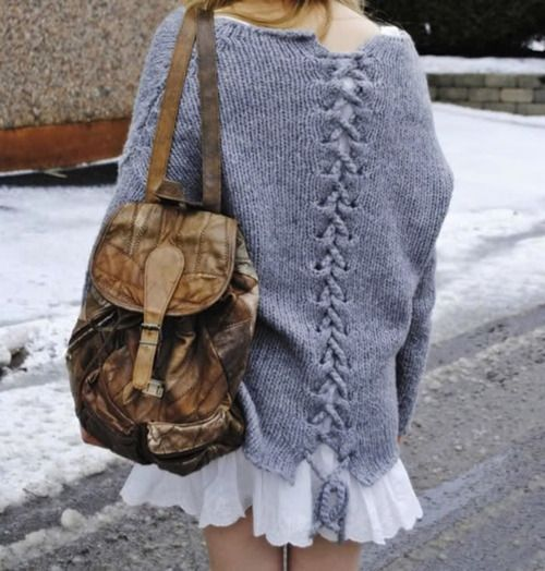 need to figure out how to do this with crochet instead of knitting... shouldn't be hard. :)