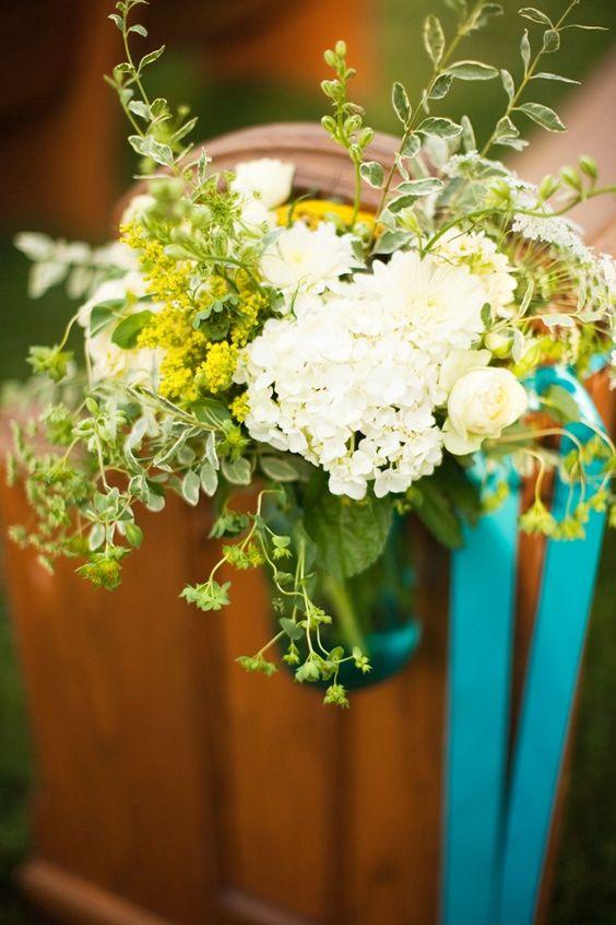 Pew Flowers Church Weddings Church Wedding Pews Outdoor Flower Church