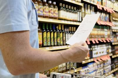 List of Foods to Eat With Kidney Failure   LIVESTRONG.COM