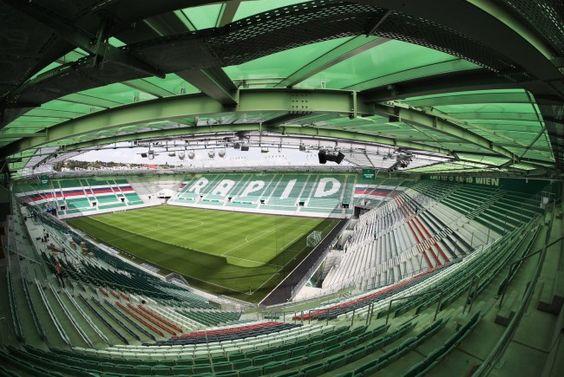 Für Sportfans: Rapid feiert die Eröffnung des Allianz Stadions.