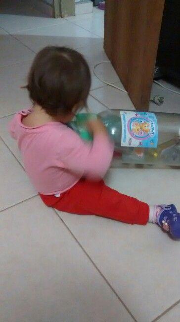 Pipu jugando